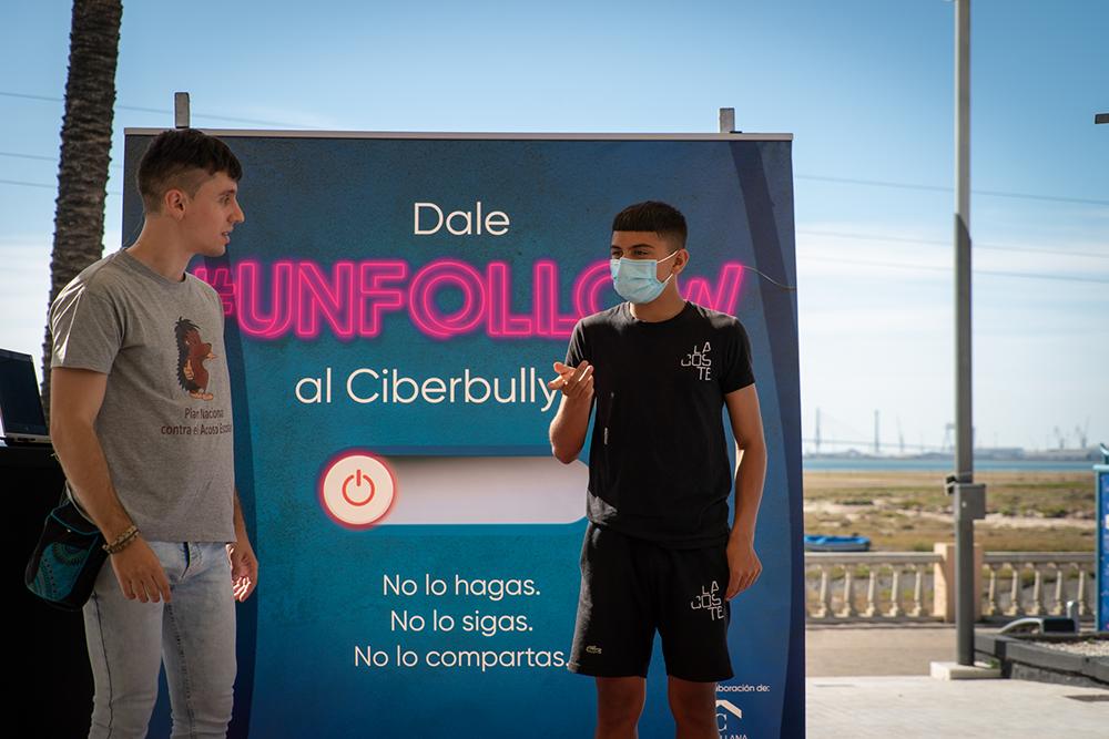 Cyberbullying-Charla-y-movil--5